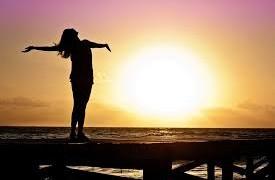 他人が自分についてどう考えているかより、自分が自分についてどう感じているかを優先する(女性の自由について)