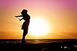 人は内面の変化によって、IQや体質、傷ややけど、癌まで一瞬で変化する