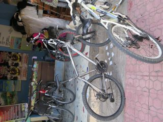 バリ島一周自転車ツーリング出発 いきなり長男が行方不明に!