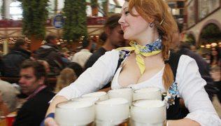 ドイツでビールをタダで飲む方法【プレミアムモルツ神泡キット】イチローインタービューなどなど
